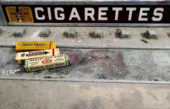 oldgumandcigarettesabsmall